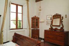 0Villa in scenic Tuscany countryside http://www.element-apartments.com/villa_re_berengario_II