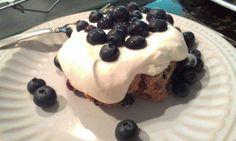Siggi's: filmjölk Swedish-style drinkable yogurt Blueberry Quick Bread Blueberry Quick Bread, Siggis Yogurt, Swedish Style, Quick Bread Recipes, Looks Yummy, Pudding, Baking, Desserts, Food