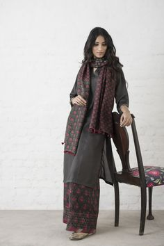 Goodearth – Stylish Sustainable Luxury Retail | Goodearth.in Pakistani Dress Design, Pakistani Outfits, Indian Outfits, Indian Attire, Indian Ethnic Wear, Ethnic Fashion, Indian Fashion, Indian Designer Suits, Kurta Designs Women