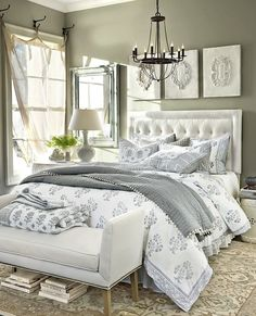 I love grey and white bedroom decor. My current bedroom is this colour scheme…