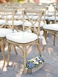 Crossback ceremony chairs: http://www.stylemepretty.com/2015/06/11/elegant-scottsdale-garden-wedding/ | Photography: Rachel Solomon - http://www.rachel-solomon.com/