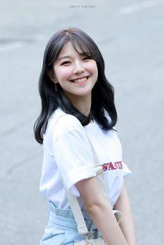 fromis_9 - Jiheon 190712 KBS Music Bank