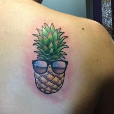 Pineapple tattoo by Jezabell Morgan @jezabellmorgan