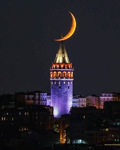 Geceleyin gece resmiyle iyi geceler dilememi isteyenlerden misiniz o halde arz ederim. iyi geceler Credit to : Galata Tower Istanbul. Photo by: Explore. Cultural Architecture, Islamic Architecture, Beautiful Nature Wallpaper, Beautiful Moon, Building Photography, Istanbul City, Shoot The Moon, Belle Villa, Hagia Sophia