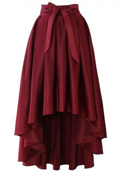 Pretty for dress-up. --Bowknot Asymmetric Waterfall Skirt in Wine Red Modest Fashion, Fashion Dresses, Unique Fashion, Pretty Outfits, Cute Outfits, Skirt Outfits, Dress Skirt, Dress Up, Chiffon Skirt