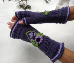 Winter Mitts  Lavender Smile by domklary on Etsy, $25.00