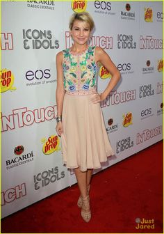 chelsea kane icons party 13