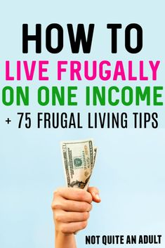 it's really hard to run an entire household on one income, and it can be hard to stop living paycheck to paycheck when you're trying to save money on a single income! This article has tons of frugal living tips as well as tips to live frugally on one income #frugal #oneincome #singleincome