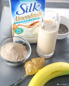 chocolate peanut butter smoothie 3.jpg