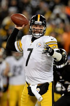 Quarterback Ben Roethlisberger #7 of the Pittsburgh Steelers throws a pass in the first half of an NFL game against the Baltimore Ravens at M&T Bank Stadium on November 28, 2013 in Baltimore, Maryland. (Photo by Patrick Smith/Getty Images)