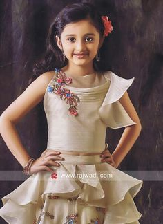wedding latest kids choli suits with price Baby Girl Party Dresses, Birthday Girl Dress, Girls Formal Dresses, Gowns For Girls, Dresses Kids Girl, Kids Outfits, Baby Girl Lehenga, Kids Lehenga, Little Girl Gowns