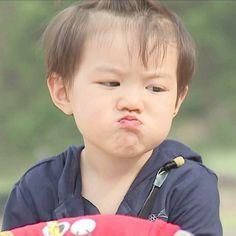 Discovered by 愛美. Cute Asian Babies, Korean Babies, Asian Kids, Cute Babies, Lil Baby, Little Babies, Baby Boy, Jo Eun Hee, Kyungsoo