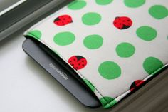 Kindle Case / Kindle Cover / Kindle paperwhite Sleeve /  by chubbycloud, $15.00