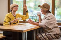 Υγεία - Οι άνθρωποι που διατηρούν ισχυρές φιλίες στα γεράματα, διατρέχουν μικρότερο κίνδυνο έκπτωσης των γνωστικών ικανοτήτων τους. Οι ερευνητές του Κέντρου Γνωστι