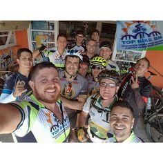 Uma pausa para o lanche e lavamos nois continuar o giro deste sábado @top_bike_bm  #BikeXtremo #ciclismo #mtb #speed #bicicleta #bike #cycling #cyclist #brasil #specialized #specializedbr #brasilride #scott #cannondale #strava #stravacycling #vadebike #bikes #bikelife #andarcomfeeuvouqueafenaocostumafalhar #insanosdopedal#IamSpecialized #FreeForceBrasil #shimanobrasil #hero4black