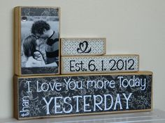 DIY: personalized centerpiece for vow renewal ceremony (love it!)