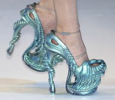 alexander_mcqueen_shoes_spring_2010