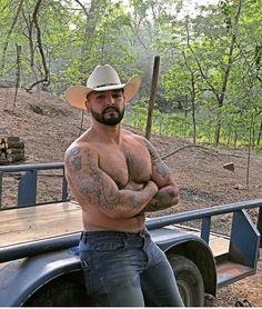 Hot Country Men, Beautiful Men, Cowboy Hats, Sporty, Adventure, Backpacker, Cute Guys, Adventure Movies, Adventure Books