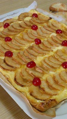 Cocina – Recetas y Consejos Apple Recipes, Sweet Recipes, Cake Recipes, Dessert Recipes, Food Cakes, Cupcake Cakes, Delicious Desserts, Yummy Food, Tarte Fine