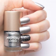 Moyou Stamping Nail Lacquer - Silver Dust