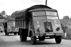Numbers of captured French Renault AHR 5 ton supply trucks used by SS Panzer Division 'Nordland' Army Vehicles, Armored Vehicles, Germany Ww2, Ww2 Photos, Bus Coach, Military Equipment, German Army, Ford Trucks, Land Cruiser
