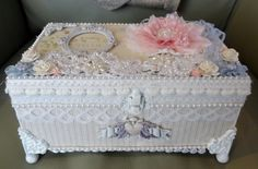 Shabby Chic altered wooden box