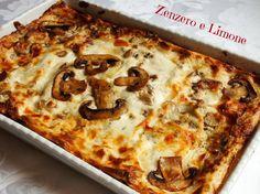 Le lasagne ai funghi sono un ricco piatto unico adatto sia per una cena in famiglia che per deliziare il palato dei vostri ospiti! Facilissime da preparare.