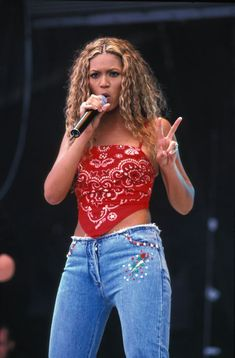23 things you definitely wore (and LOVED) in the 90s