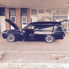 Holden Kingswood, Holden Australia, Aussie Muscle Cars, Vintage Surf, Car Vehicle, Year 2016, Bobbers, Van Life, Hot Cars