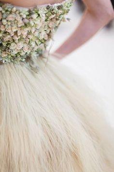 Свадебное платье из цветов / Свадебные платья и идеи для свадьбы / ВТОРАЯ УЛИЦА