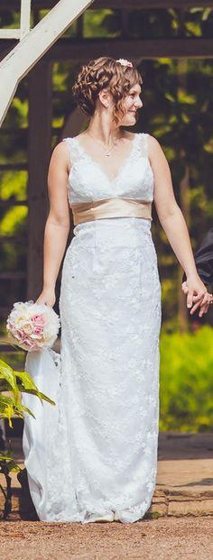 KRAJKOVÉ EMPÍROVÉ ŠATY SE ZLATOU MAŠLÍ, 38 Formal Dresses, Wedding Dresses, Stuff To Buy, Fashion, Formal Gowns, Moda, Bridal Dresses, Alon Livne Wedding Dresses, Fashion Styles
