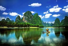 Originated from Mao'er Mountain, Lijiang River meanders its way 160km long in southwest China's Guangxi province distinguished by well-developed and rare-seen karst topography, the biggest and the most representative one in the world, which is of extremely high and irreplaceable aesthetic value.