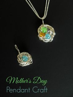 Mother's Day Gifts – DIY Mother's Pendant | http://www.ourfamilyworld.com/2014/04/30/mothers-day-gifts-diy-mothers-pendant/