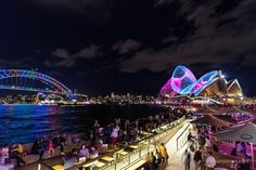 Vivid Sydney give you a beautifull experiences in audiovisual and lights and colours everywhere    Sydney Australia  may 2017  #nightphotography #night_excl #ig_longshot #longexposure_shots #photonight #super_photolongexpo #addicted_to_nights #ig_nightphotography #total_lights #world_bestnight #nightimages #travelphotography #travelingtheworld #instatravel #TravelAddict #travelgram  #travelling #mytravelgram #igtravel #traveler #wonderfulplaces #PassportReady #photooftheday #picoftheday…