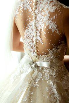 vestido de noiva costas trabalhadas