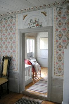 Apartment decor: 60 ideas with photos and designs - Home Fashion Trend Swedish Cottage, Swedish House, Swedish Farmhouse, Farmhouse Style, Scandinavian Cabin, Scandinavian Interior, Swedish Wallpaper, Swedish Interiors, Interior Decorating