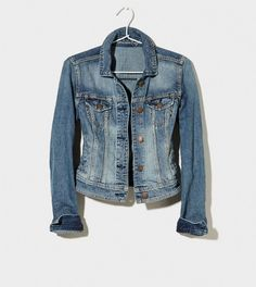 #paypalit for an American Eagle Faded Denim Jacket - a simple closet staple.