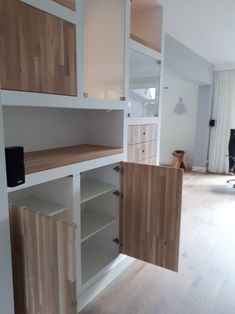Gypsum Design, Kitchen Wall Units, Alcove Shelving, Drywall, Wooden Door Design, Built In Cabinets, Home Decor Inspiration, Home Interior Design, Furniture Decor
