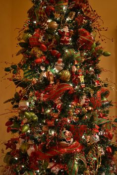 kristens creations decorating a christmas tree with mesh ribbon tutorial christmas tree mesh ribbon