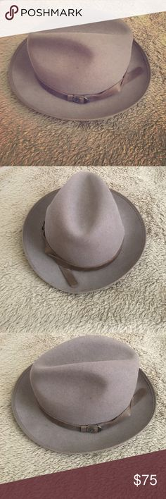 Goorin Bros brown fedora Goorin Bros. wool brown fedora. Called Tommy The Brains and it's sold out online. Size medium. In perfect condition. Worn few times. Classic wool fedora. Hipster status. Perfect for fall! Great deal since I'm selling it for half off and it's out of stock. Goorin Bros Accessories Hats