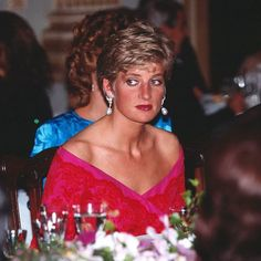 November 13, 1990: Princess Diana at a banquet celebrating the Emperor Akihito's enthronement, becoming the 125th Emperor to the Chrysanthemum Throne at the imperial palace.