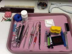 Composite tray set up. My set up is totally different & has more! Dental Jobs, Dental Hygiene School, Dental Life, Dental Facts, Dental Humor, Dental Health, Dental Hygienist, Dental Assistant Study, Dental Anatomy