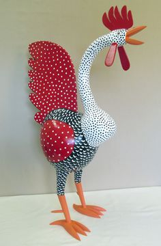 folk art chicken gourds What I've always wanted! Chicken Crafts, Chicken Art, Origami, Paper Art, Paper Crafts, Hand Painted Gourds, Creation Deco, Chickens And Roosters, Paperclay