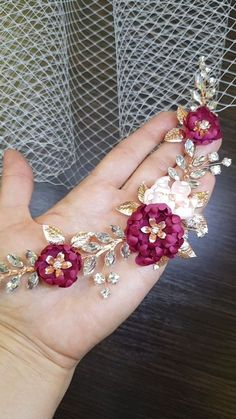 Burgundy Wedding Hair Piece with maroon hair flowers Luxury has many names and one of them is LEXIS. This burgundy wedding hair piece is the embodiment Bridal Braids, Bridal Hair, Loose Hairstyles, Bride Hairstyles, Maroon Hair, Maroon Makeup, Bohemian Style Dresses, Hair Extensions Best, Wedding Hair Pieces