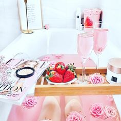 Start your Sunday with a gorgeous flower bath, bubbles and scrumptious strawberries 😍🤩 Photo credits to the gorgeous 😘❤ Dream Bath, Lush Bath, Relaxing Bath, Home Spa, Pink Aesthetic, Luxurious Bedrooms, Spa Day, Bath Time, Bath Bombs