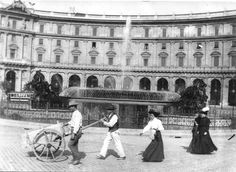 Italian Vintage Photographs ~ #Italy #Italian #vintage #photographs #history #culture ~ ROMA Sparita - Piazza esedra Ellis Island, Vintage Italian, Ancient Rome, Vintage Photographs, Old Photos, Louvre, Street View, Exterior, In This Moment