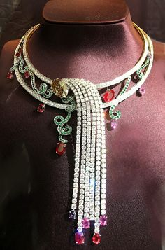 boucheron; Beautiful historic piece highlighted by Debra Healy on her blog (Blogger) Diamonds & Rhubarb. Check out the other great books she has published on historical jewerly!