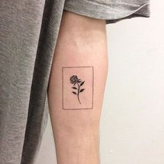Bordered rose tattoo by René O'Donnell-Gibson. ReneODonnelGibson rene linework folktraditional border rose
