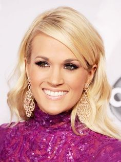 Carrie Underwood to Play Maria von Trapp in NBC's 'Sound of Music