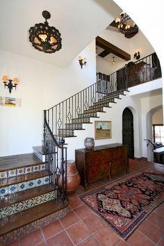 Bird Rock Spanish Revival - Kim Grant Design & Architecture / Paul Schatz, Interior Design Imports LOVE the fixture Spanish Revival Home, Spanish Colonial Homes, Spanish Style Homes, Mexican Style Homes, Spanish House Design, Mission Style Homes, Spanish Style Interiors, Spanish Interior, Spanish Home Decor